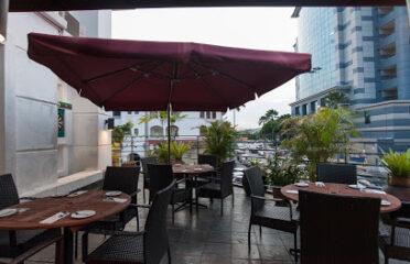 La Cocina Restaurant & Tapas Bar